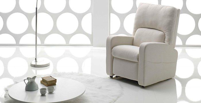 Vendita di poltrone e divani a cagliari showroom di materassè